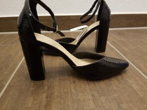 Schwarze spitze High Heels