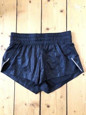 Schwarze Sport-Shorts