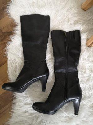 schwarze Stiefel aus Echtleder