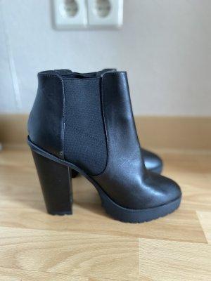 Asos Wysokie buty na obcasie czarny