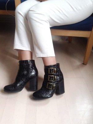 Schwarze Stiefel in Kroko-Optik, Leder