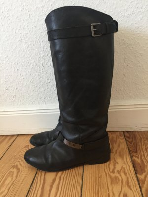 Schwarze Stiefel *Reiter/Biker Style