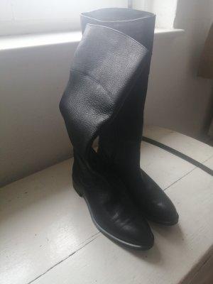 Schwarze Stiefel von Navyboot, Reiterstyle