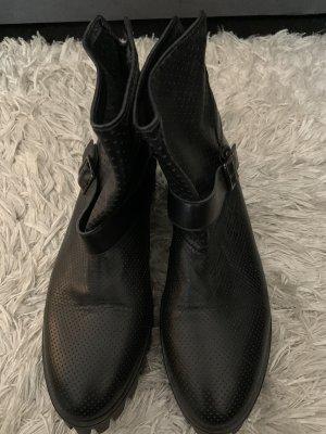 Schwarze Stiefeletten aus Leder (39)