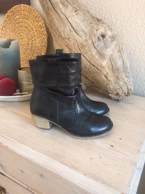schwarze Stiefeletten in Größe 37, Leder