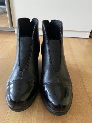 Schwarze Stiefeletten, Keilabsatz 6 cm