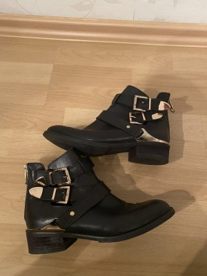 Akira Cut Out Booties black-gold-colored