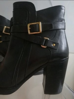 Akira Zipper Booties black-gold-colored