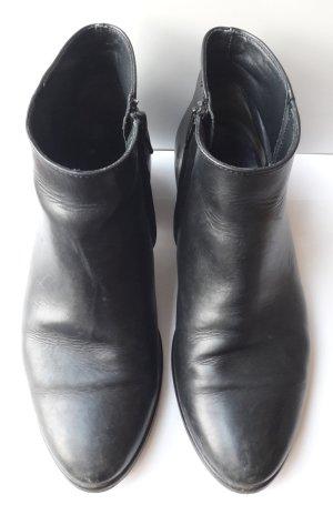 schwarze Stiefeletten von Paul Green