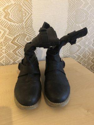 Wciągane buty za kostkę czarny