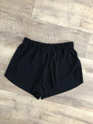 Schwarze Stoff Shorts von Brandy Melville