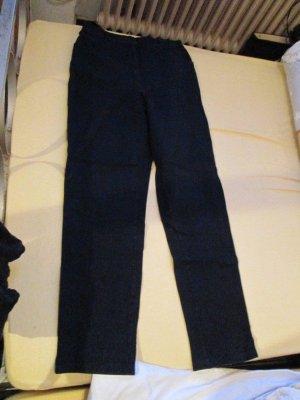 schwarze Stretch-Jeans