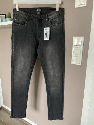 Schwarze Stretchjeans / Jeans von Up2Fashion, Gr. 42 (32/32) - Slim fit *neu*