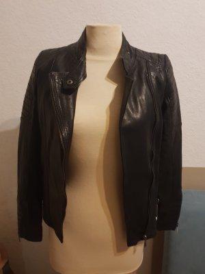 Schwarze stylische Lederjacke S