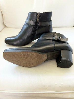 Schwarze Tamaris Leder Stiefeletten Chelsea Boots 37