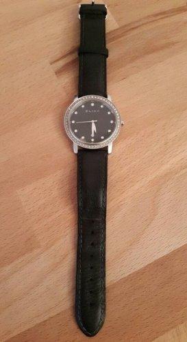 Schwarze Uhr von Elixa