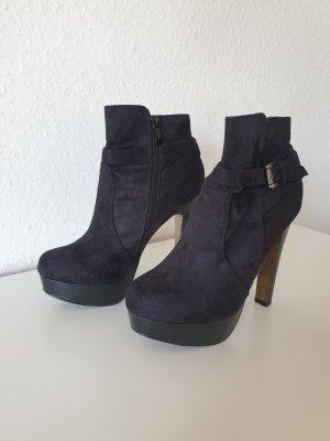 Schwarze Velour High Heels (Even&Odd)