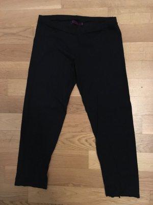 schwarze Velvet Legging, Größe Medium, Dreiviertel.