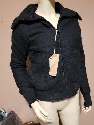 schwarze warme Jacke NEU Gr. 40