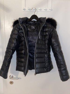 We Love Furs Piumino lungo nero