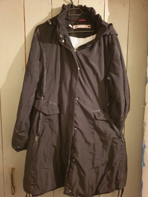 schwarze Winterjacke von Easy Comfort