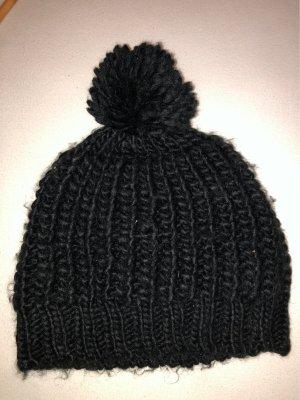 New Yorker Cappello a maglia nero