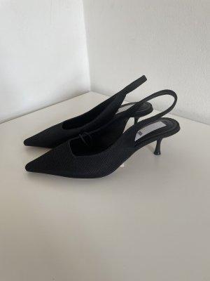 Schwarze Zara Kitten Heels, Gr. 36, NEU