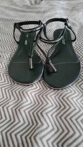 Marco Tozzi Toe-Post sandals black