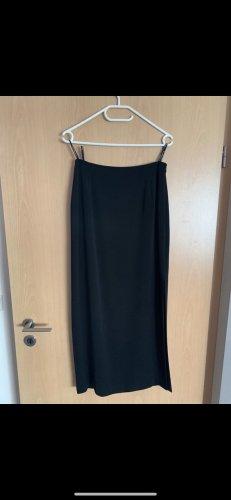 Schwarzer Abendrock mit Schlitz