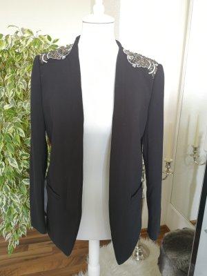 schwarzer Blazer mit schicken Details