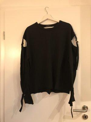 Schwarzer cutout pullover