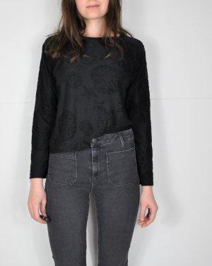 Schwarzer halbtransparenter Pullover mit Mandalas