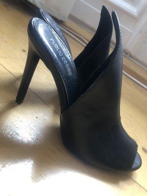 Schwarzer High Heel zum Reinschlüpfen