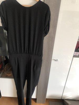 Schwarzer jumpsuit mit Rückendetails