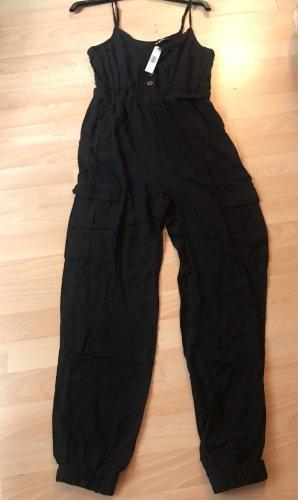 Schwarzer Jumpsuit mit Seitentaschen