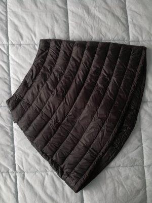 Schwarzer knielanger Daunenrock von Moncler