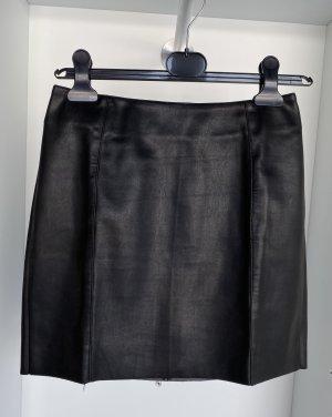 Schwarzer Kunstlederrock (ungetragen)