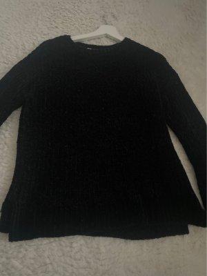 Schwarzer Kuschel Pullover