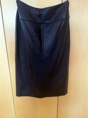 Schwarzer Lederrock in Größe 42