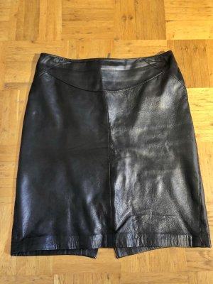 ARMA Jupe en cuir noir cuir
