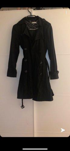 Schwarzer Mantel Größe S