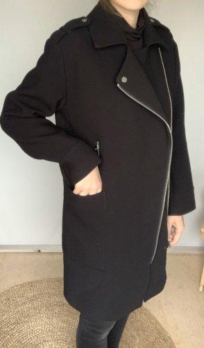 Schwarzer Mantel von H&M