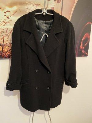 Schwarzer Mantel von Petite Mademoiselle