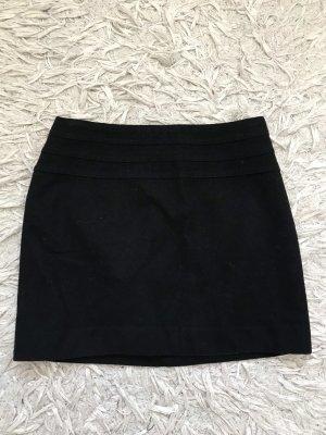 schwarzer Minirock mit Wollanteil, gefüttert, schwarz, H&M,Gr. 36