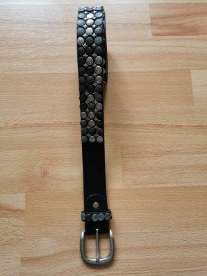 Schwarzer Nieten-Leder Gürtel - 90cm