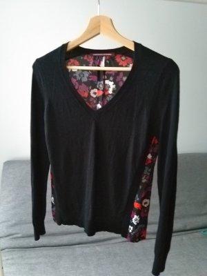 Schwarzer Pullover aus Bimaterial mit Rückenteil aus gemusterter Seide, Poppies black