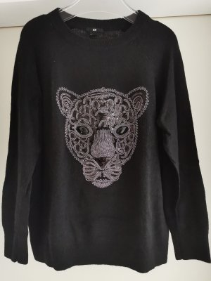 schwarzer Pullover mit Motiv Panther aus schwarzen und dunkel silbernen Pailletten und Steinen Gr. M