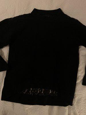 Schwarzer Pullover mit Spitzen-Rücken