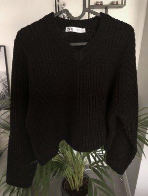 Schwarzer Pullover Zara