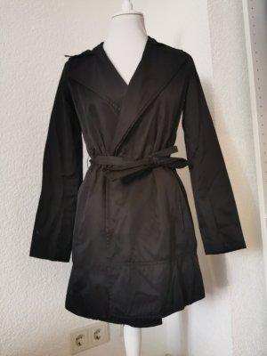 Zara Basic Chubasquero negro